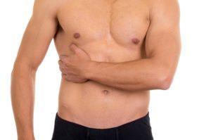 Болевой синдром в области живота со стороны печени