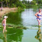 Купаться в зараженных водоемах