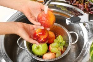 Качественное мытье фруктов и овощей